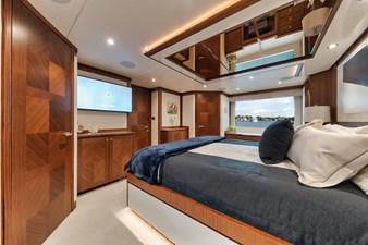 2019 Ocean Alexander 88 Skylounge Mudslinger 20