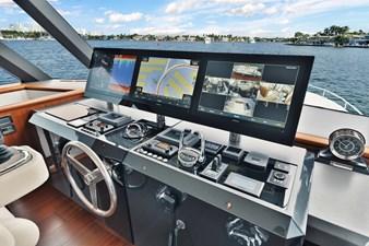 2019 Ocean Alexander 88 Skylounge Mudslinger 32