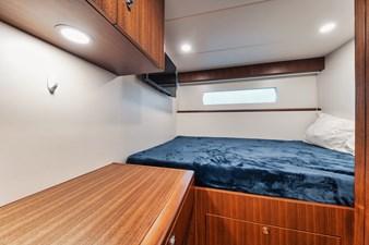 2019 Ocean Alexander 88 Skylounge Mudslinger 35