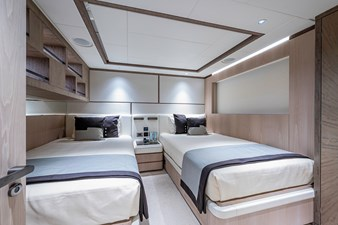 MAJESTY 140  22 Starboard Forward Guest Stateroom