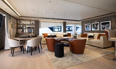 MAJESTY 140  25 Sky Lounge