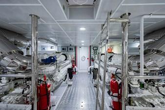 MAJESTY 140  42 Engine Room