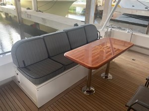 ALEXELLE 19 Aft Deck Settee with Dining Table