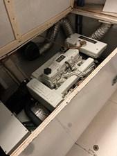 Too Elusive 21 Auxiliary Generator