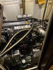 Too Elusive 20 Main Engine
