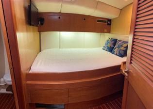 Too Elusive 11 Starboard Berth