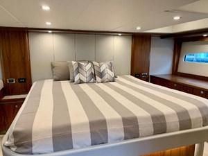5400 Sport Yacht 23 7941814_20210706131841979_1_XLARGE