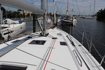 Beneteau Oceanis 40.1 18 IMG_0179