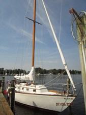 Swagman 4 3_2780809_36_cheoy_lee_sigma_starboard_forward_profile2