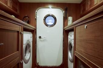 Incorrigible 37 Laundry Area