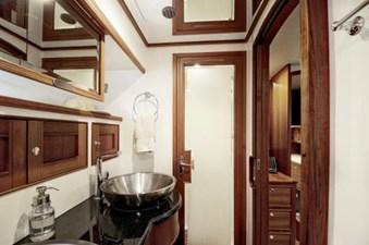 Incorrigible 36 Master Head Shower Door