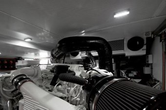 Incorrigible 42 Engine Room