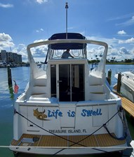 Life Is Swell 4 005 Life is Swell Stern