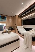Bella Tu 27 Master Stateroom Lounge Seat