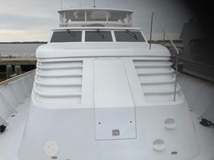 Victory 5 1994 BURGER Motor Yacht room to a fore deck seat