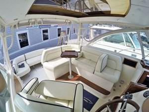 MAVERICK 1 Bridge Deck L-Settee