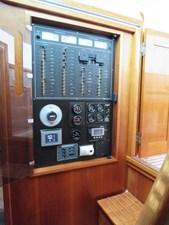 MATRIARCH 14 alden-40-express-cruiser-15