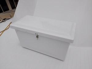 Nicky Boy 20 0022 bow storage box