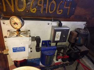 Nicky Boy 89 0135 Engine Room