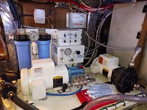 Nicky Boy 92 0138 Engine Room
