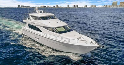 OBSESSION 68 Bow Quarter View