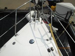 Laura II 9 8_2780956_38_marlow_hunter_anchor_windlass_covered