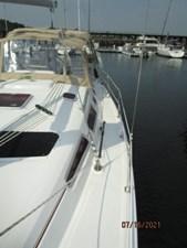 Laura II 13 12_2780956_38_marlow_hunter_port_side_deck