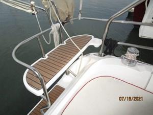 Laura II 26 25_2780956_38_marlow_hunter_cockpit_port_rail_seat