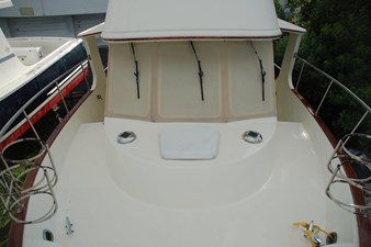 MAHALO 35 Foredeck