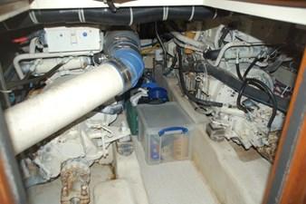 MAHALO 36 Engine Room