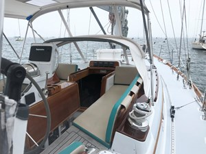 MARIPOSA 21 Cockpit, Stbd. Fwd.