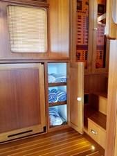 Doña Mimi 7 5. Salon storage (port forward)