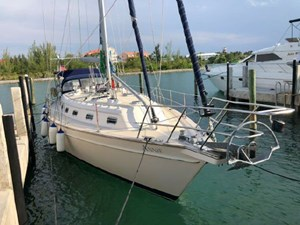 Annie 1 Annie 2002 ISLAND PACKET YACHTS 420 Cruising Sailboat Yacht MLS #272416 1
