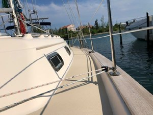 Annie 5 Annie 2002 ISLAND PACKET YACHTS 420 Cruising Sailboat Yacht MLS #272416 5