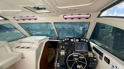 Dusty B 5 Dusty B 2011 TIARA 30 Cruising Yacht Yacht MLS #272429 5