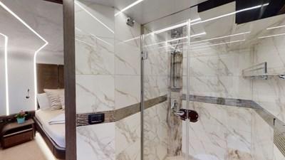 HANG TIME 15 Master Stateroom Bath