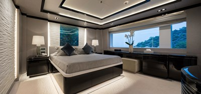 O'PTASIA 16 Main deck starboard double guest cabin