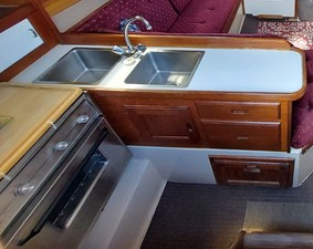 Diligence 40 053 Diligence Galley