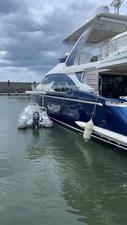Prive 3 Prive 2017 AZIMUT YACHTS Flybridge Cruising Yacht Yacht MLS #272450 3