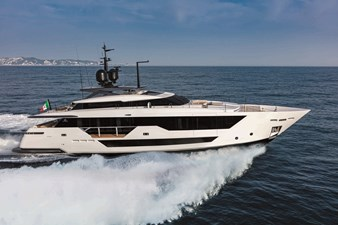 CUSTOM LINE 106' - 14 - DELIVERY - FALL 2022 272455
