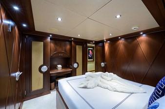 BURGAS 86 136_intermarine_burgas_starboard_guest_stateroom_5