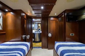 BURGAS 103 136_intermarine_burgas_twin_guest_stateroom_4