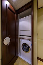 BURGAS 109 136_intermarine_burgas_lower_foyer_laundry_1
