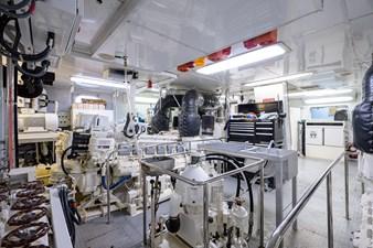 BURGAS 191 136_intermarine_burgas_engine_room_13