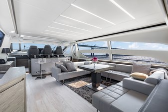 Monarc 4 Main Deck - Salon