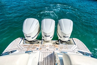 Chris Craft 17 Outboard Engines