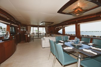 Exit Strategy 12 2006 Hargrave 105 Motor Yacht - Exit Strategy - Dinette