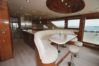 Exit Strategy 21 2006 Hargrave 105 Motor Yacht - Exit Strategy - Dinette
