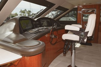Exit Strategy 24 2006 Hargrave 105 Motor Yacht - Exit Strategy - Helm
