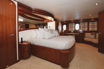 Exit Strategy 29 2006 Hargrave 105 Motor Yacht - Exit Strategy - Master Stateroom